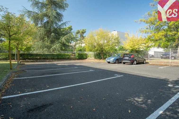 Parking Hôpital Haut-Lévêque - Pessac location