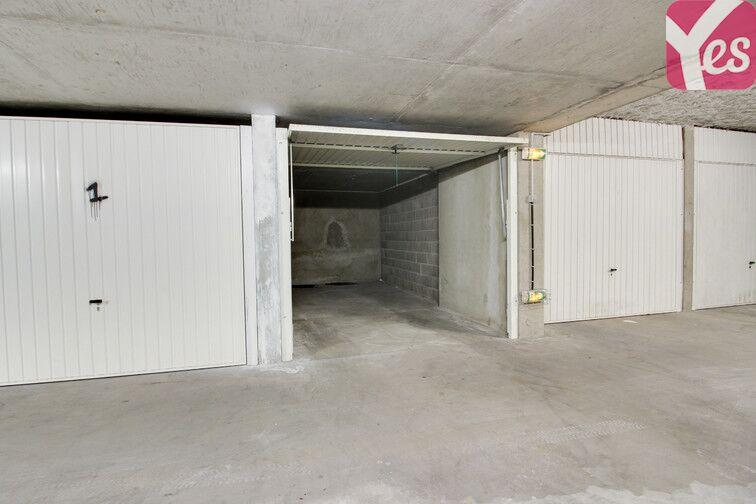 Parking Place Julien Duret - Lyon 8 sécurisé