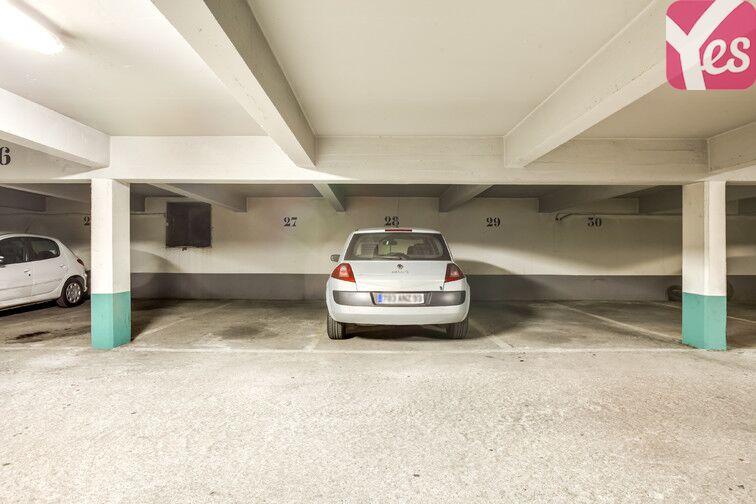 Parking sécurisé et bien entretenu