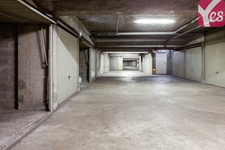 Parking Frères Lumières - Lyon 8 location mensuelle
