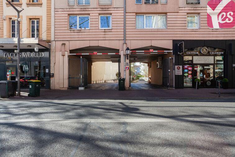 Parking Frères Lumières - Lyon 8 box