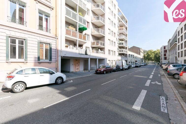 Parking Rochecardon - Industrie - Lyon 9 à louer