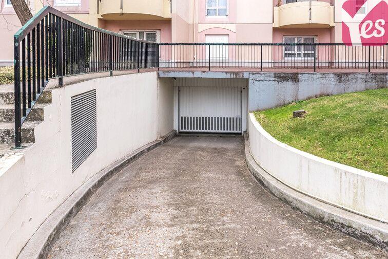 Parking Corbeil-Essonnes - Centre-ville sécurisé