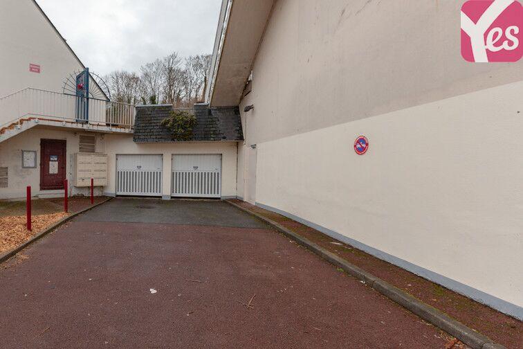 Parking Lycée François Truffaut - Beauvais location
