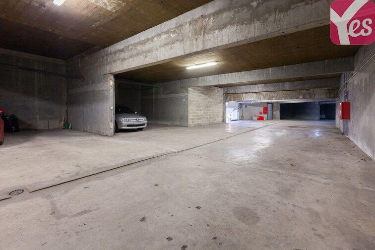 Parking Lycée François Truffaut - Beauvais 24/24 7/7