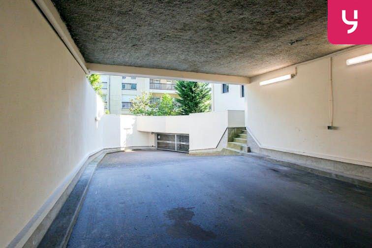 Parking Centre-ville - Bourg-La-Reine (place moto) en location