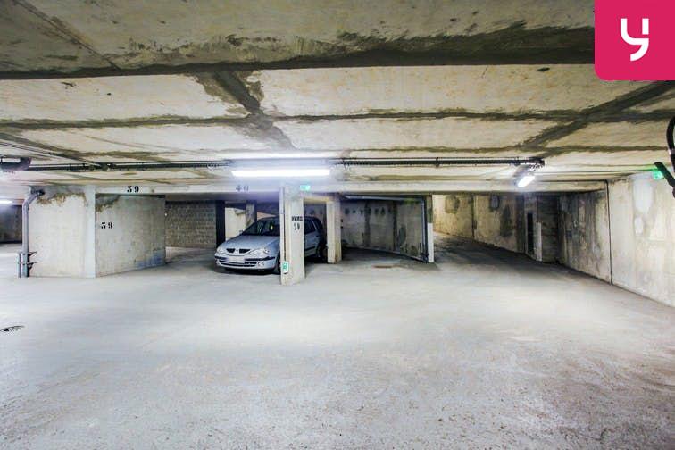 Parking Centre-ville - Bourg-La-Reine (place moto) caméra
