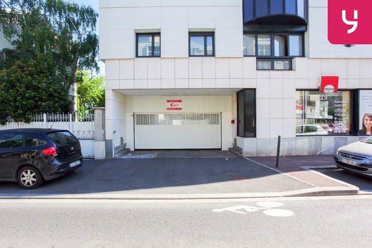 Parking Centre-ville - Bourg-La-Reine (place moto) 92340
