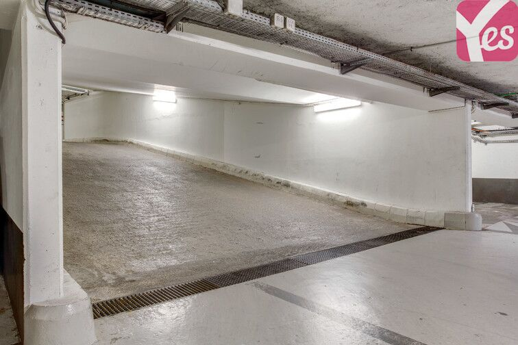 Parking Avenue Gambetta - Paris 20 sécurisé