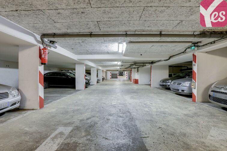 Parking Regard Saint-Martin - Paris 20 24/24 7/7