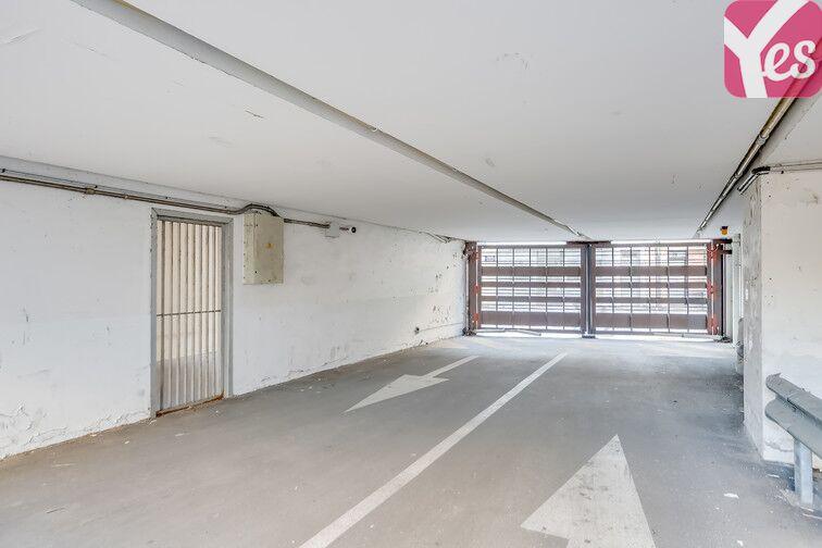 Parking Pyrénées Belleville - Paris 20 en location