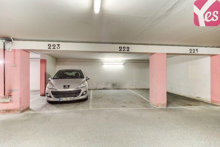 Parking Pyrénées Belleville - Paris 20 caméra