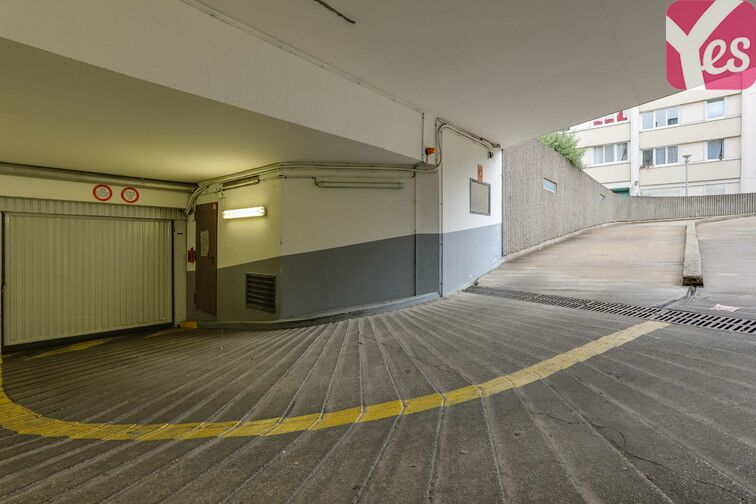Parking Hôpital Léopold Bellan - Paris 14 153 rue Raymond Losserand