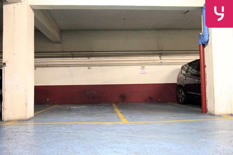 Parking Lamarck - Caulaincourt à louer