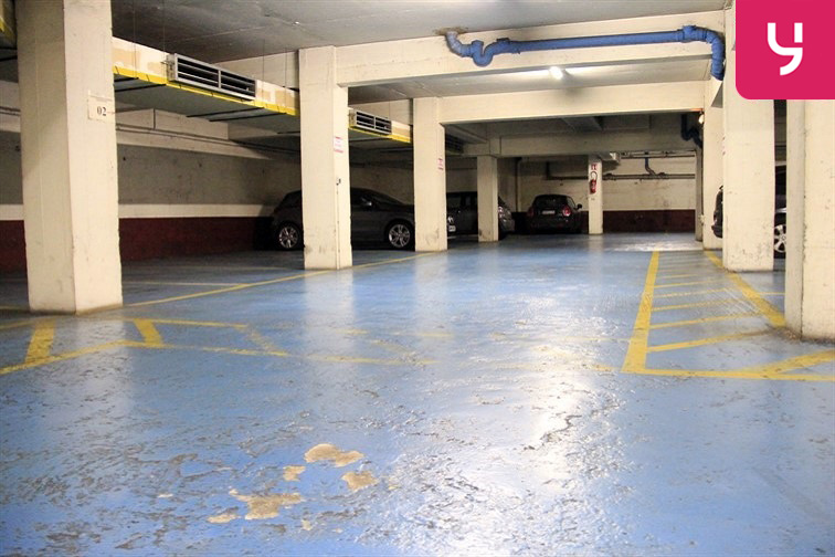 Parking Lamarck - Caulaincourt box