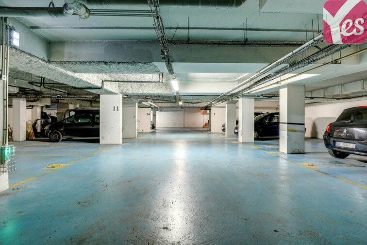 Parking Centre Médical Stalingrad - Paris 19 box