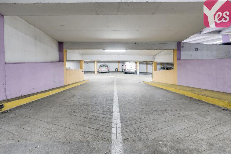 Parking Station Rue des Bois - Paris 19 75019