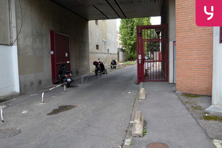 Parking Porte de Vincennes gardien