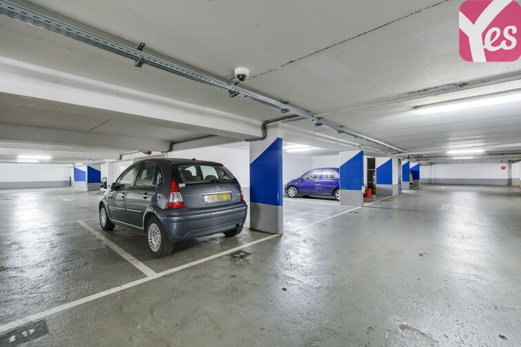 Parking Butte Bergeyre - Paris 19 en location