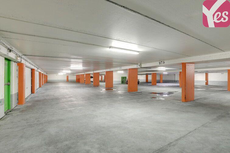 Parking Buttes Chaumont - Rue Rebeval - Paris 19 à louer