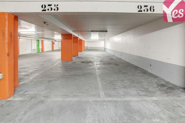 Parking Buttes Chaumont - Rue Rebeval - Paris 19 24/24 7/7
