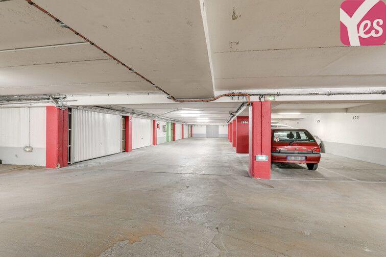 Parking Buttes Chaumont - Rue Rebeval - Paris 19 caméra