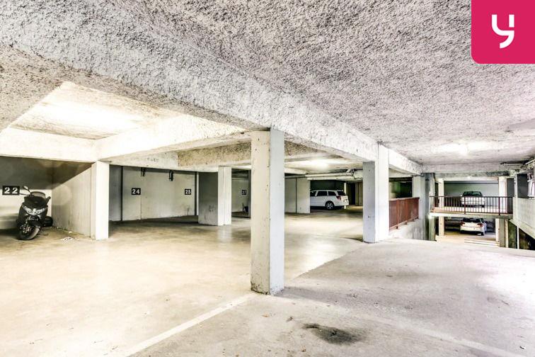 Parking Saint Clair (place moto) souterrain