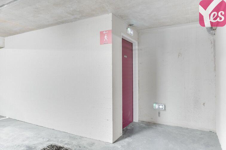 Parking Pont sur la Petite Ceinture - Paris 14 75014
