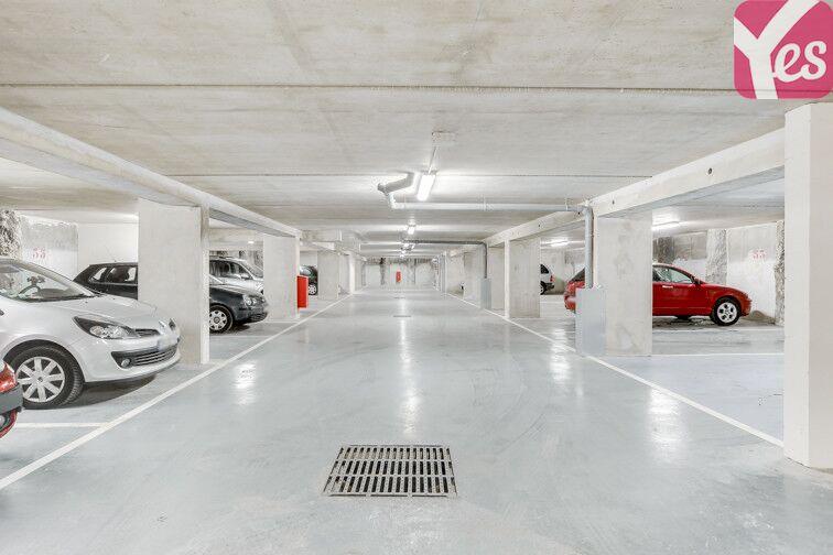 Parking Pont sur la Petite Ceinture - Paris 14 en location
