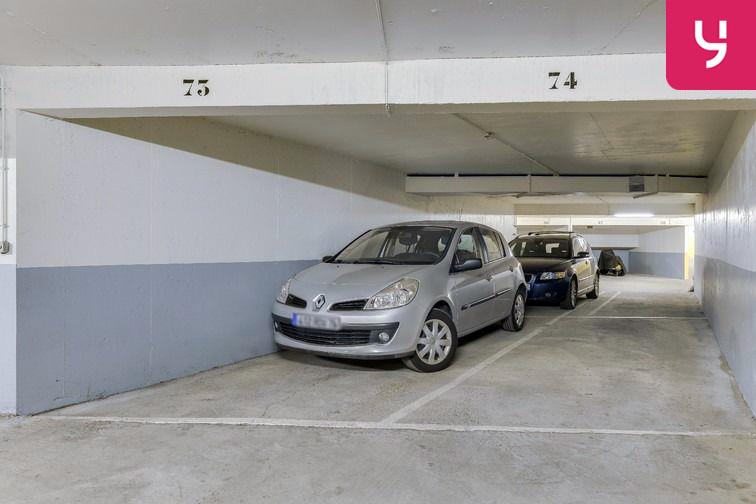 Parking Sambre et Meuse - Paris 10 (place moto) à louer