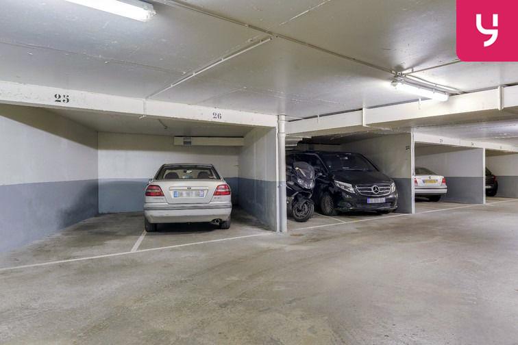Parking Sambre et Meuse - Paris 10 (place moto) garage