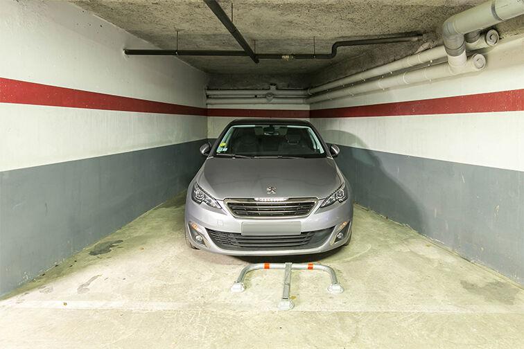 Parking Charles Le Chauve - Roissy-en-Brie Roissy-en-Brie