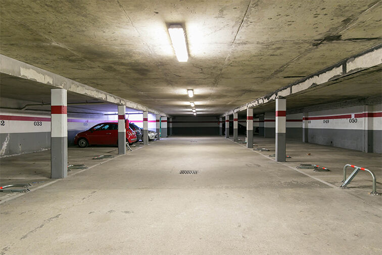 Parking Charles Le Chauve - Roissy-en-Brie sécurisé