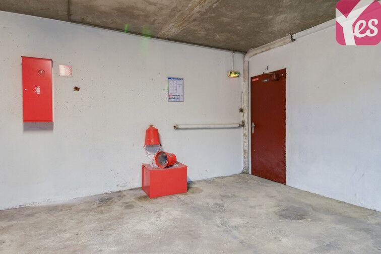 Parking Médiathèque Alexandre Jardin - Asnières-sur-Seine 24/24 7/7