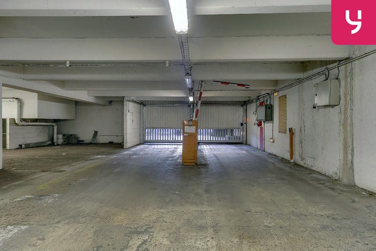 Parking Ancienne gare de Reuilly - Paris 12 (place double) pas cher