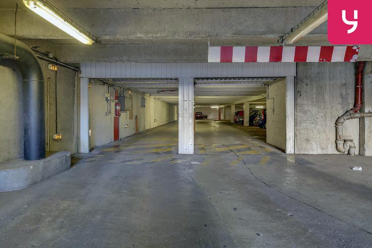Parking Ancienne gare de Reuilly - Paris 12 (place double) 24/24 7/7