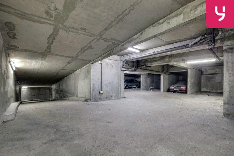 Parking Pernety - Paris 14 (place moto) 24/24 7/7
