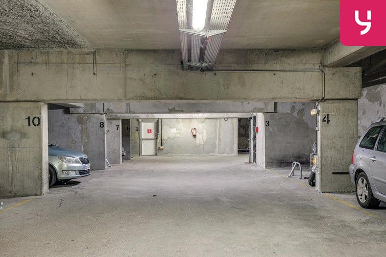 Parking Pernety - Paris 14 (place moto) gardien