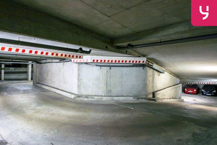 Parking Gripons - Pasteur - Le Kremlin-Bicêtre (place double) location mensuelle