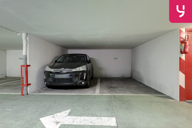 Parking Regard Saint-Martin - Paris 20 (place moto) 75020