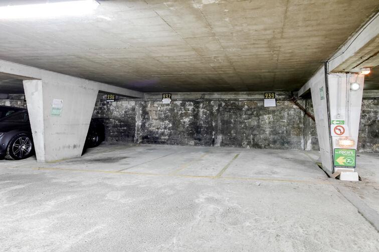 location parking Collège la Madeleine - Angers