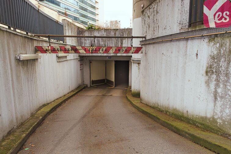 Parking Square Henri Regnault - Puteaux - La Défense 92400