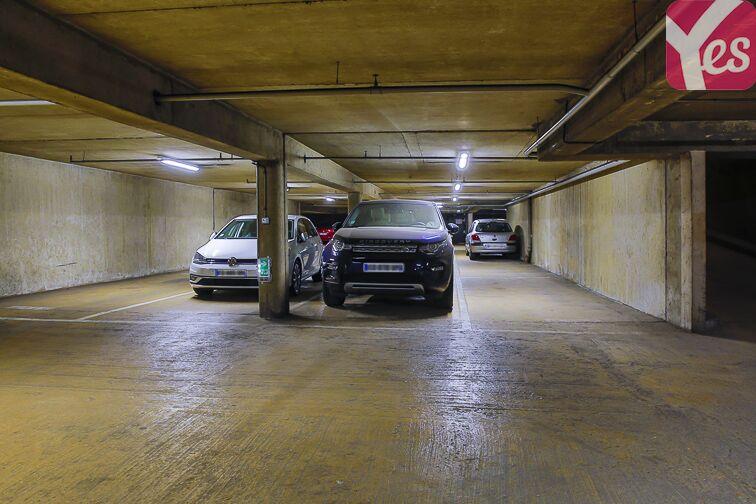 Parking Square Henri Regnault - Puteaux - La Défense 24/24 7/7
