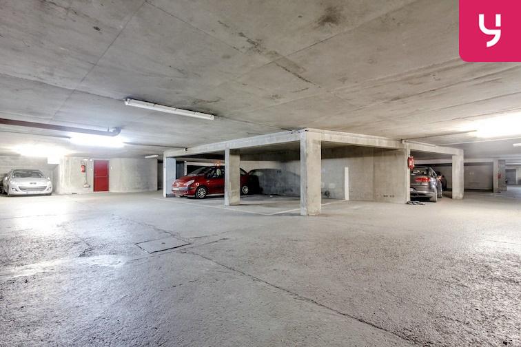 location parking Gymnase Chaban-Delmas