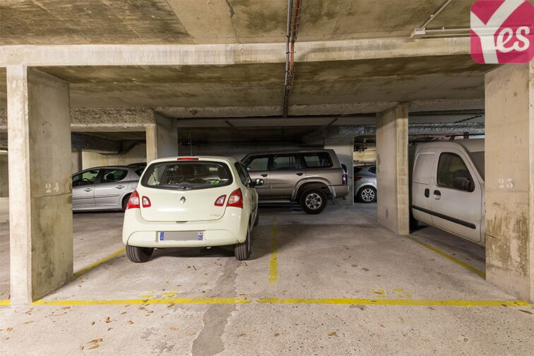 Parking Gymnase Chaban-Delmas sécurisé