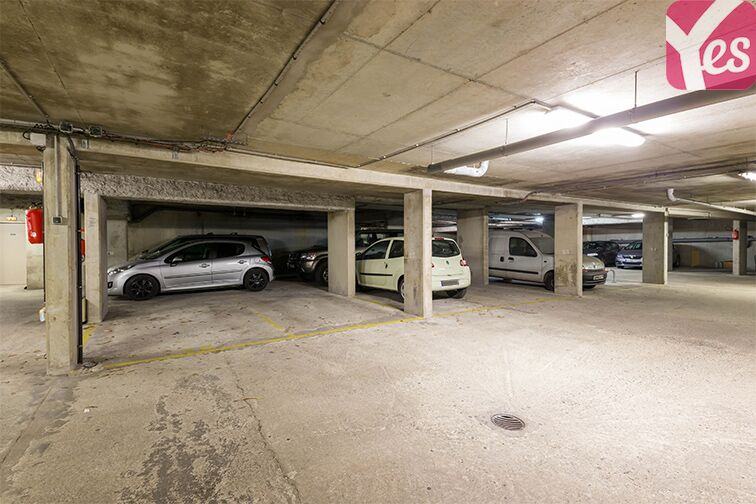 Parking Gymnase Chaban-Delmas location
