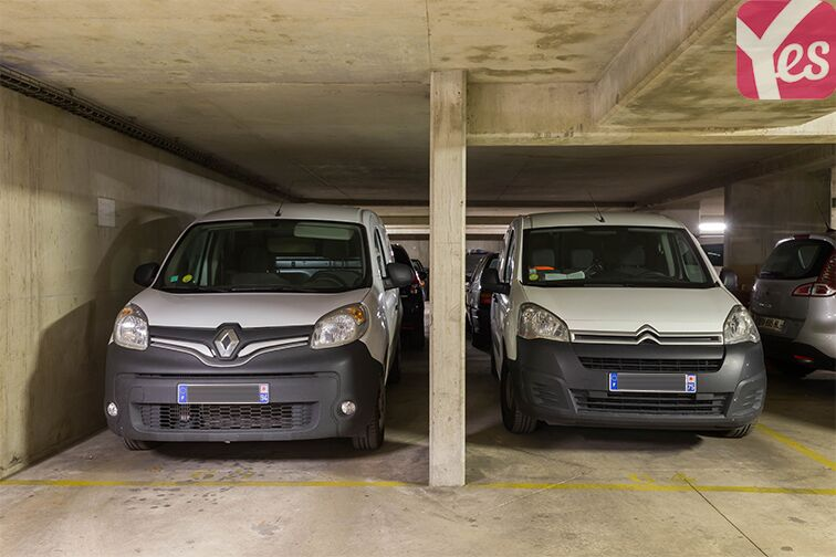 Parking Gymnase Chaban-Delmas 24/24 7/7
