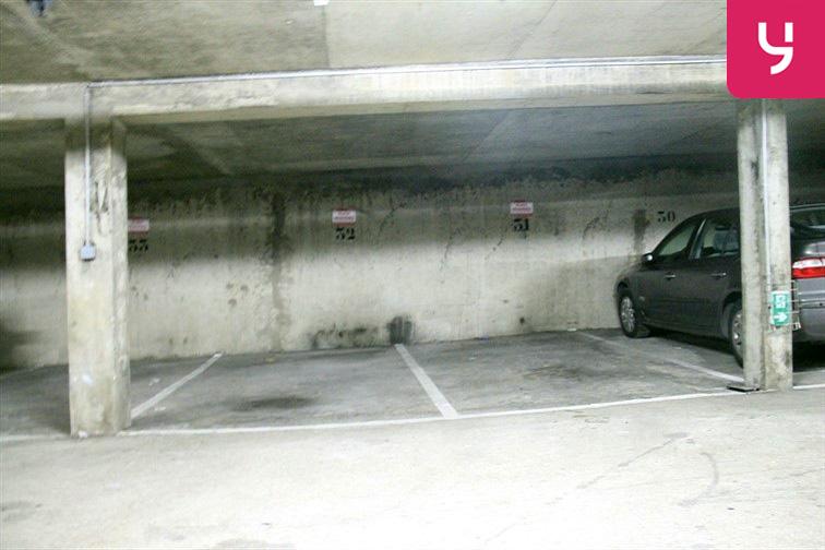 Parking Canal Saint-Martin 75010