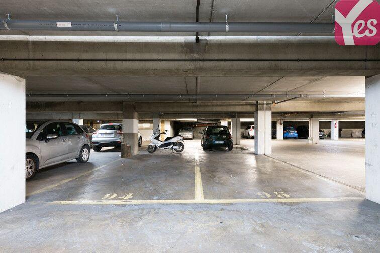 Parking Place de Verdun - Enghien-les-Bains 24/24 7/7