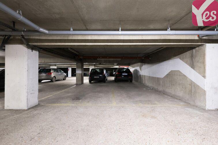 Parking Place de Verdun - Enghien-les-Bains location